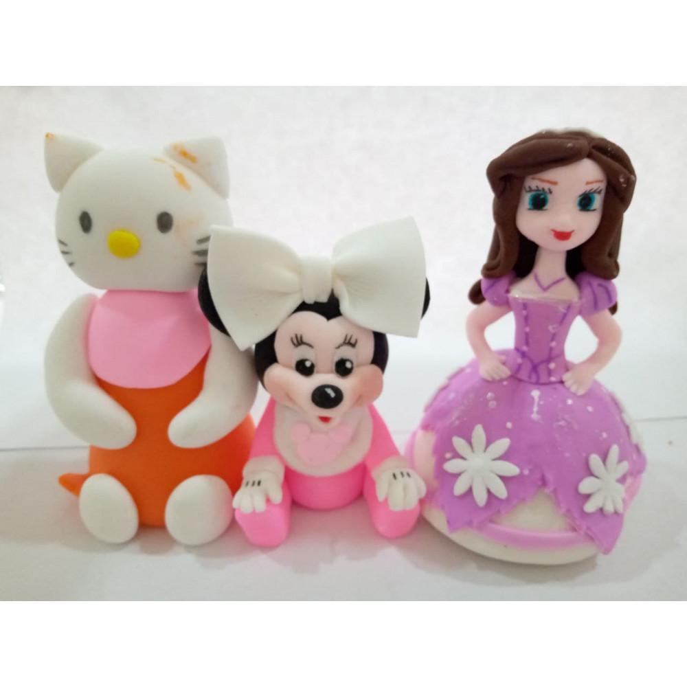 Разные игрушки из мастики